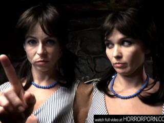 HORRORPORN – Siamese Twins